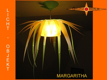 Lamp MARGARITHA Lightobject as flower translucent